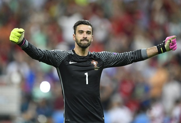 Six-pack Griezmann named player of the European Championship