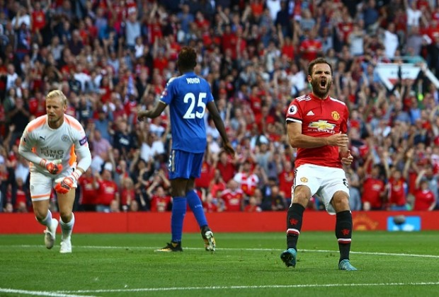 Two substitutes score to give Manchester United victory over Leicester City
